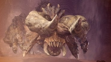 https://d1lss44hh2trtw.cloudfront.net/assets/article/2018/02/05/monster-hunter-world-how-to-kill-diablos_feature.jpg