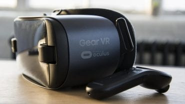 https://cdn2.expertreviews.co.uk/sites/expertreviews/files/styles/er_main_wide/public/2018/07/samsung_gear_vr_review_2017_4.jpg?itok=hp4HACVg