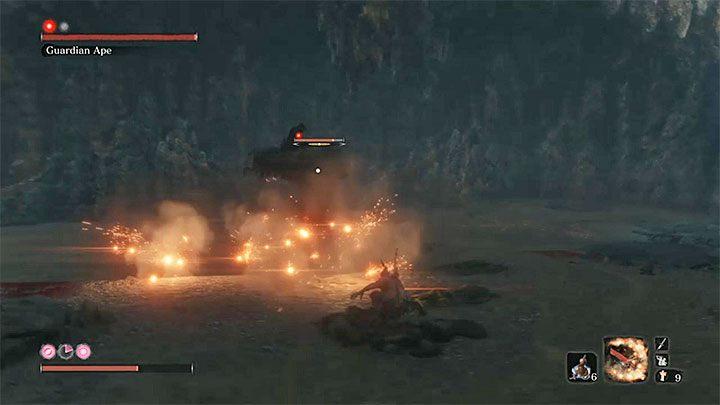 Призванная обезьяна имеет такой же набор движений, как и первая фаза Стражей Обезьян (та, с которой вы сражались в Затонувшей долине) - она атакует кулаками, может схватить Секиро или совершить прыжки в длину - Безголовая обезьяна Хранитель в Ашина Глубины   Sekiro Shadows Die Twice Boss Fight - Боссы - Руководство по Sekiro и прохождение игры