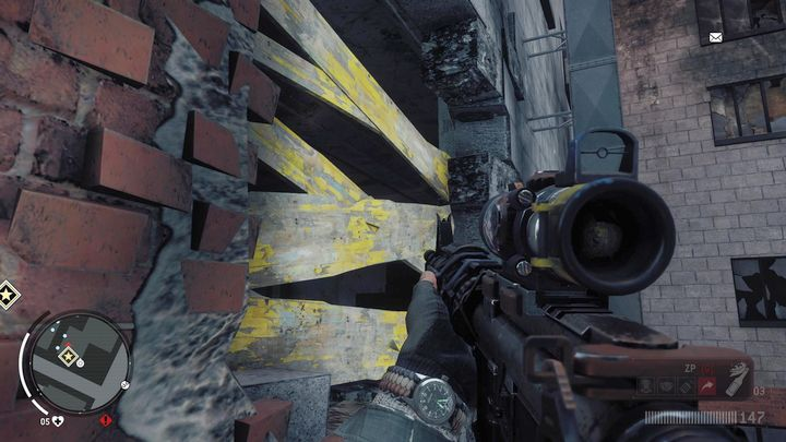 Use the scaffold to reach the machine of the cooling system and move across the pipes, till the end of the building - Old Town - Red zone | Key Points - Key Points - Homefront: The Revolution Game Guide & Walkthrough