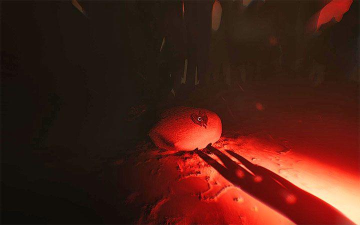 Новое место очень темное, но используйте маяк, чтобы осветить территорию - Четвертая загадка с проектором   Решение загадки в Layers of Fear 2 - Layers of Fear 2 - Руководство по игре