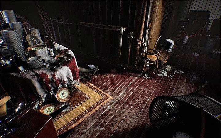 Решение этой головоломки можно решить, достигнув цветной комнаты, показанной на рисунке, которая содержит, среди прочего, окровавленный стол с большим количеством тарелок на нем - Третья головоломка с замком   Решение загадки в Layers of Fear 2 - Layers of Fear 2 - Руководство по игре