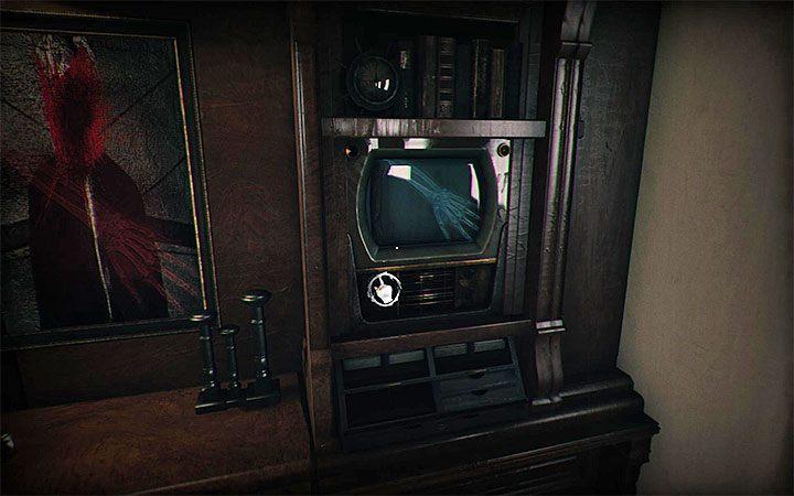 Используйте правую ручку телевизора, чтобы выбрать изображение правой руки - Загадка с двумя телевизорами и рентгеновскими лучами Загадки в Layers of Fear 2 - Layers of Fear 2 - Руководство по игре и прохождение игры