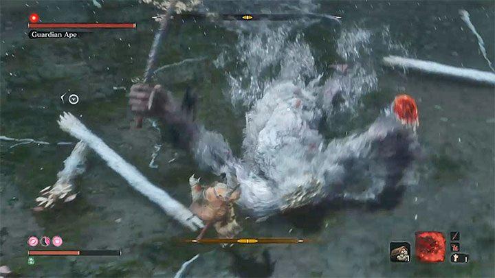 На этом этапе Обезьяна-хранитель будет использовать оружие ближнего боя - Обезьяна-хранитель в Затонувшей долине   Sekiro Shadows Die Twice Boss Fight - Боссы - Руководство по Sekiro и прохождение игры