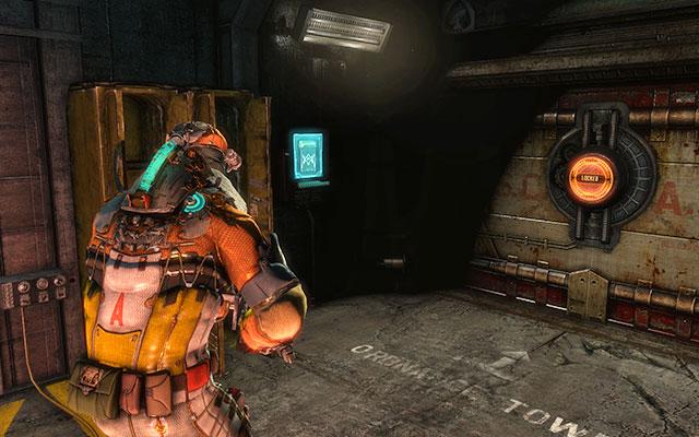 Обходите повозки и обходите охрану дверей, чтобы продолжить прогулку - Соберите тайник с боеприпасами |  Побочные миссии: Оружейная - Побочные миссии: Оружейная - Dead Space 3 Руководство по игре