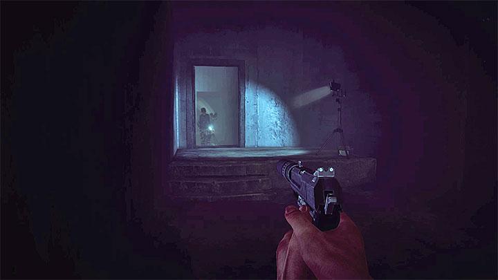 От второго до последнего врага вы можете столкнуться с самыми большими проблемами, потому что он патрулирует близлежащие коридоры (рисунок выше).  Руководство по трофеям - Руководство по трофеям - Get Even Game Guide