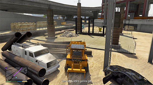 You need to unlock access to the drivers door - Construction site accident - Random events - Grand Theft Auto V Game Guide