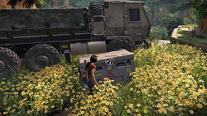 This lockbox can be found near the main road that leads to Parashurama fort located in the south-west part of the map - 4 - Photos, optional conversations and lockboxes in Wester Ghats | Secrets - Secrets - Uncharted: The Lost Legacy Game Guide