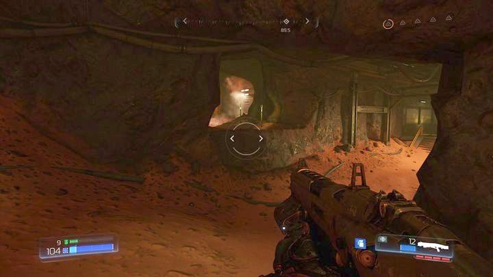 Идите вдоль стены слева после того, как заметите первое гнездо Гора - Argent Facility |  Секреты - Секреты - Руководство по игре в Doom и прохождение