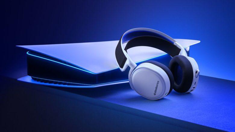 SteelSeries начинает продажи гарнитуры Arctis 7P для PlayStation 5