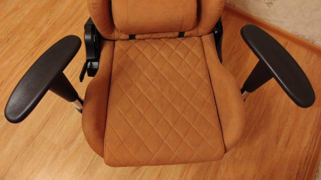 Обзор игрового кресла HIPER HGS-116